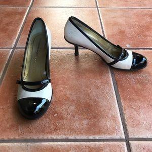 Bandolino Pumps Black and White Heels sz 8